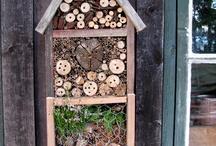 hotel a insectes / Fabriquer son hôtel à insectes. Pour attirer les abeilles, les insectes pollinisateur pour un jardin nature, écologique.