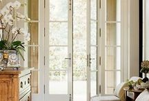Entryways/Doors / by Janna Chappell