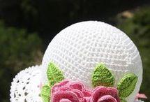 Chapéus em crochet