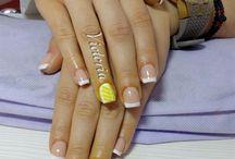 Victoria's nail art