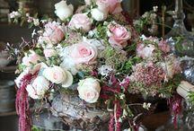 Flower arrangement / Flower