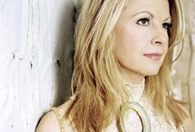 Favorite Singers / by Lori Ferguson