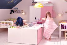 Shared Children's Rooms / by Jenni Clutten @ Ginger Bisquite