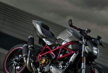 ducati motorok