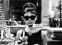 """TIMELESS / """"La moda va y viene pero el estilo permanece""""Gabrielle Chanel. Piezas de ensueño que no tiene fecha de caducidad."""