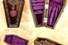 My gothic wedding / My fantasy wedding. If I have it my way.  / by Kayla Viall