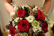 Our Winter Wedding 19.12.15 / A pine cone and berry wedding