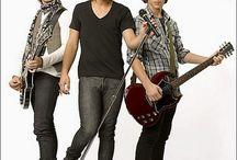 Jonas Brothers / Bands <3 Joe Jonas, Kevin Jonas, Nick Jonas