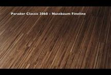 Parkett-Böden / Der Parkettboden ist ein Naturboden und besteht vollständig aus Holz, wodurch eine hochwertige Wohnatmosphäre geschaffen wird. Zusätzlich ist ein Holzboden immer ein Unikat! Hier zeigen wir euch unser Room-Up Sortiment für Parkett! Lass dich bei uns von hochwertigen Bodenbelägen inspirieren und gestalte deine eigenen 4 Wände mit unserem Parkett!