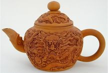 Tea Pots and Collectibles