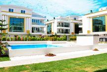 Belispark Houses / http://www.remaxmajesty.com/