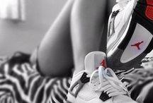 Chicks in kicks / Female sneakerheads at their finest