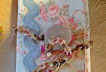"""ART-BOOK quaderno dei sogni / pagine di morbida stoffa che racchiudono in una taschina un piccolo """"quaderno dei sogni""""...... perchè sognare fa bene all'anima..."""