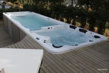 Hot Tub Base & Foundation Designs / hot tub ideas & preparation advice for the concrete / solid base required for a hot tub. it does not have to plain concrete all the time !