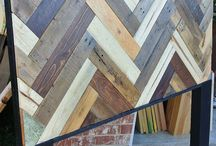 Wood pallet options / by Elie Stys
