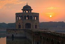 Zuid-Azië /  Pakistan - Islamabad / by Alphonsina Lavrysen