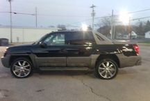 Used 2002 Chevrolet Avalanche for Sale ($9,495) at  Scottsville , KY / Make:  Chevrolet, Model:  Avalanche, Year:  2002, Exterior Color: Black, Interior Color: Tan, Doors: Four Door, Vehicle Condition: Good,  Mileage:137,000 mi, Fuel: Gasoline, Engine: 8 Cylinder, Transmission: Automatic.   Contact:270-320-1034  Car Id (56118)