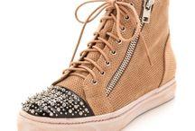 Shoes / by Megan Hildreth