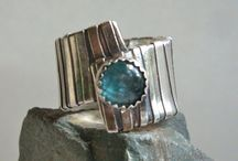 A Jewelry - Ring Ideas and Tutorials / Ring Ideas and Tutorials / by Judy Rogers