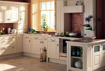 kitchens / by Lynn Ramey