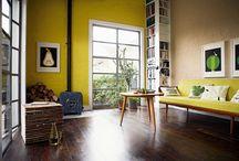 Tendencias Primavera - Bruguer / Si algo destaca en los meses primaverales es el esplendor de la naturaleza. Predominan los colores suaves y divertidos, a la vez que alegres como los amarillos, dorados y marrones. Estos tonos son ideales para llenar de alegría el hogar y combinan perfectamente con detalles en verde que dan ese toque especial y natural.