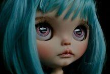 -Color hair..
