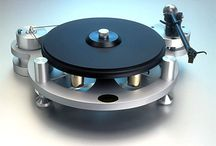 Turntables / Table tournante