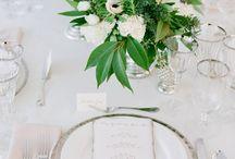 Flowers & Decoration / amazing decoration for wedding, flower for centerpieces, gold or copper for cutlery, silk or linen napkin #weddingdecoration #weddingtrends