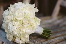 Vit bröllopsbukett