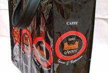 borse con confezione di caffè