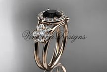 Unique Wedding and Engagement Rings / Unique Gold Diamond Wedding and Engagement Rings