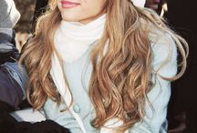 My Queen  / Ariana Grande