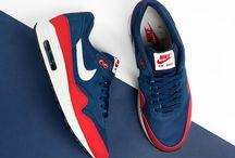 スニーカー_Shoes
