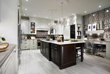 kitchen island / by Elizabeth Londino Whiddon