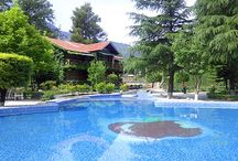 Apple Valley Resort Exterior and Interiors / Our rooms are luxurious & clean.