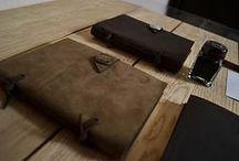 Блокноты ручной работы из натуральной кожи / Мастерская Perren занимается дизайном и производством изделий из натуральной кожи и дерева. Книги, блокноты, ежедневники, аксессуары из кожи, фотоальбомы и скетчбуки  ручной работы. Perren - эстетика и практичность.     Изделия из натуральной кожи и дерева эксклюзивны и создаются только вручную, с любовью и вниманием к каждой детали. Perren - станет надежным спутником по жизни.