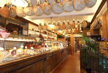salumeria Fini / realizzazione di arredi su misura per negozio di salumeria e piccolo ristornate