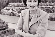 1952 Our Beautiful Queen Elizabeth ll