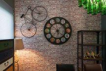Complementi arredo & design / Specchi, quadri, oggetti di design, sculture, tappeti, orologi, vasi, appendiabiti e complementi di arredo