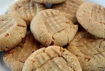The Cookie Mamas / Delicious cookies created by London, Ontario team The Cookie Mamas