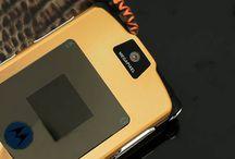MOTOROLA V3I GOLD CHÍNH HÃNG / Điện thoại motorola v3i gold zin 100% chính hãng đẹp và sang trọng. Khuyến mãi 32% cho dòng điện thoại motorola v3i gold giá rẻ