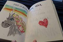 """""""Pisz lub rysuj lewą ręką"""" / Tablica skupiająca Randki nadesłane prace zawierające stronę """"Pisz lub rysuj lewą ręką"""" :) Swoje Kreacje ślijcie na Maila: kontakt@zniszcztendziennik.pl"""