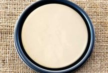 Chalk Paint® Old Ochre / Chalk Paint® decorative paint by Annie Sloan