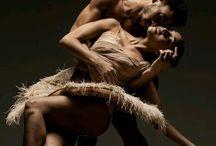 Danzando. / by Eva Q.R