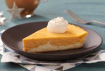 Thanksgiving + COOL WHIP / Enjoy these delicious COOL WHIP desserts, perfect for Thanksgiving!