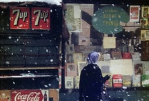Saul Leiter / Saul Leiter (December 3, 1923 – November 26, 2013) was an American photographer and painter whose early work in the 1940s and 1950s was an important contribution to what came to be recognized as the New York school of photography: 259 His work is in the collections of many prestigious public and private collections.