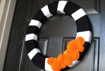 This is Halloween! / Inspirational, Halloween decor to get together and make.  / by Marisa Marie