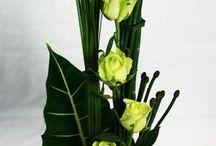 mag floral arrangements