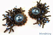 bead embroidery / Biżuteria wykonana z małych koralików techniką haftu koralikowego, w tym moje prace.