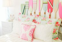 Beachy Bedroom Ideas / DIY ideas to bring the beach feeling to your bedroom.